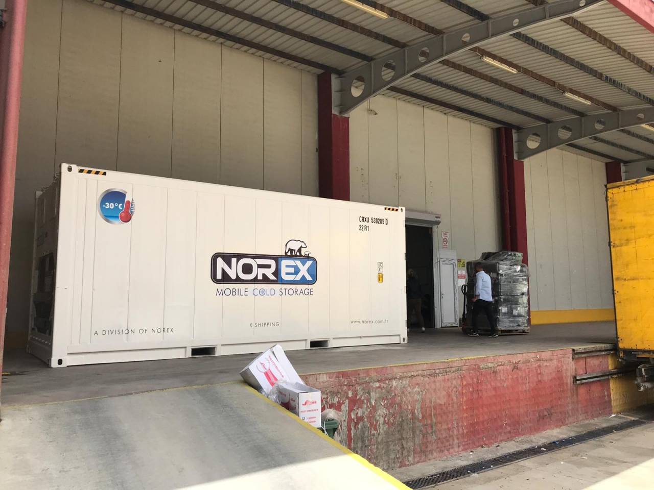 Fruit Exporter Firm Rented Norex Mobile Cold Storage Container for Fumigation