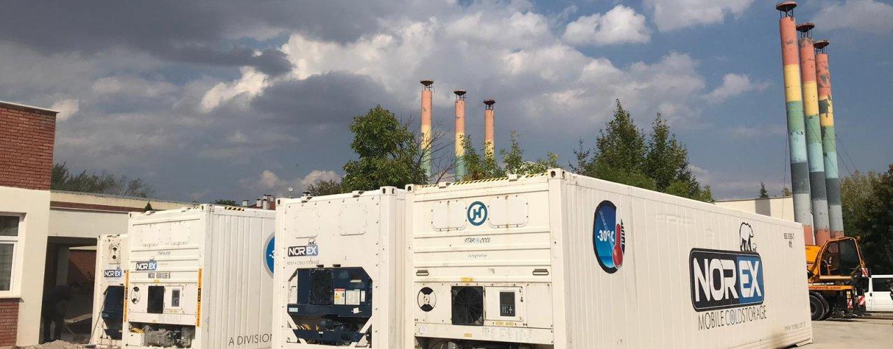 Anadolu Üniversitesi Yemekhanesi ' ne 7x 40 hc Mobil Soğuk Hava Depomuz Kiralandı
